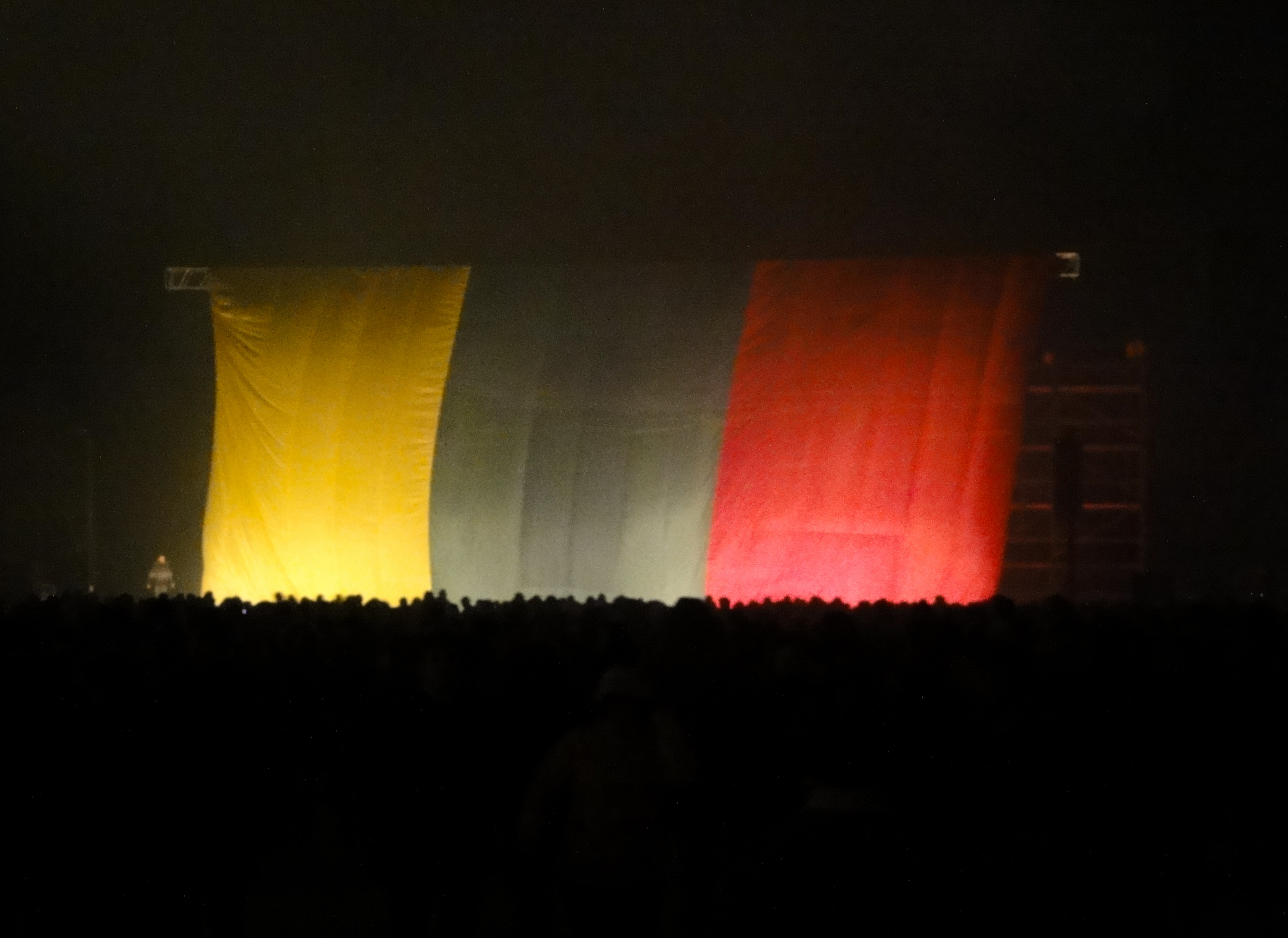 Large_Lithuanian_flag_(8178248359)