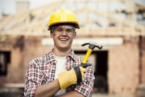 Construction-worker-with-hammer-iStock_000020830881_Medium